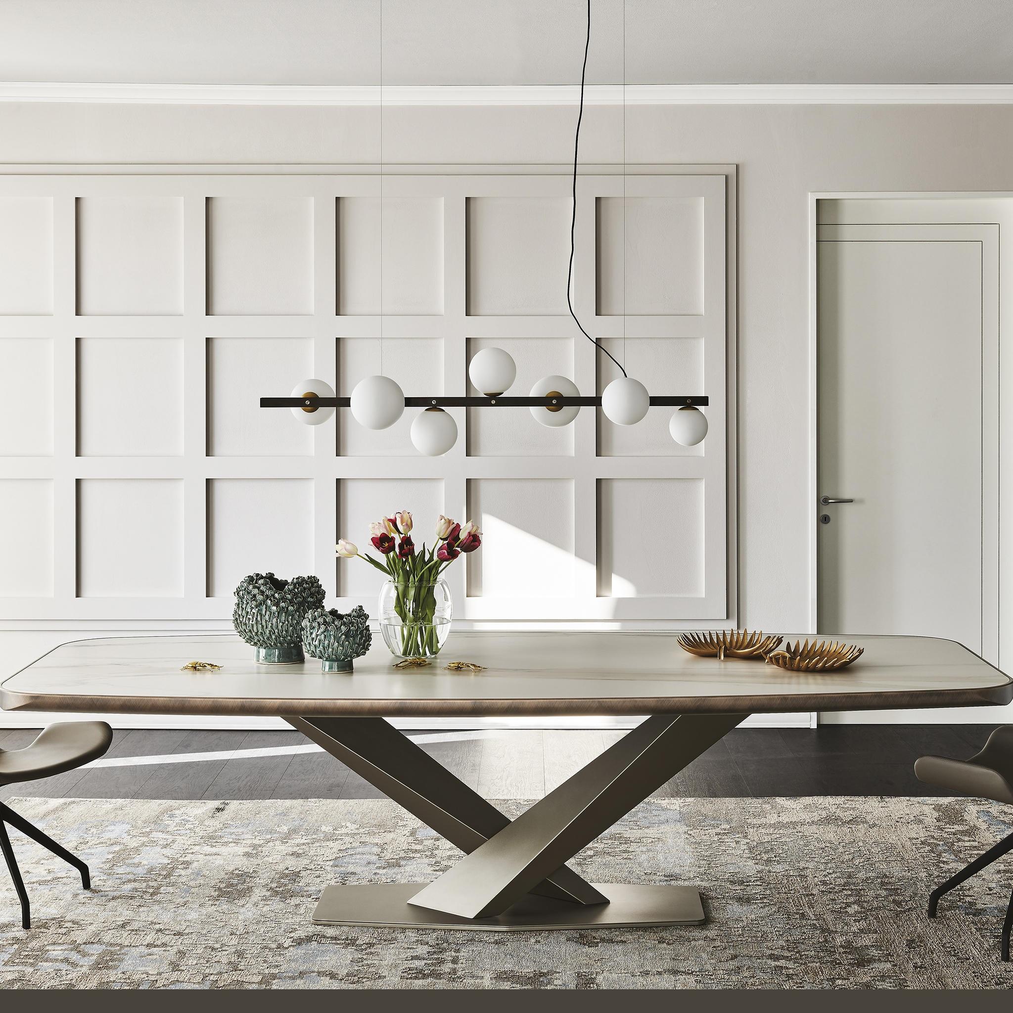 Stratos Premium dining table