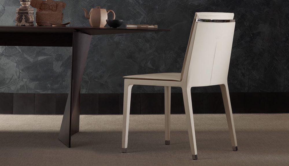 Poltrona Frau Fitzgerald Chair