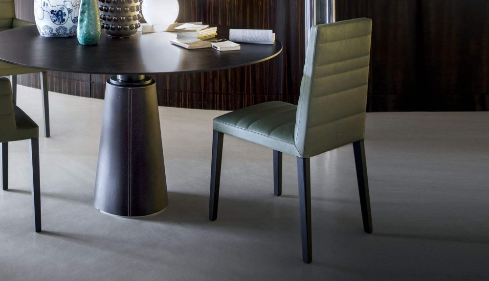 Poltrona Frau Louise Chair