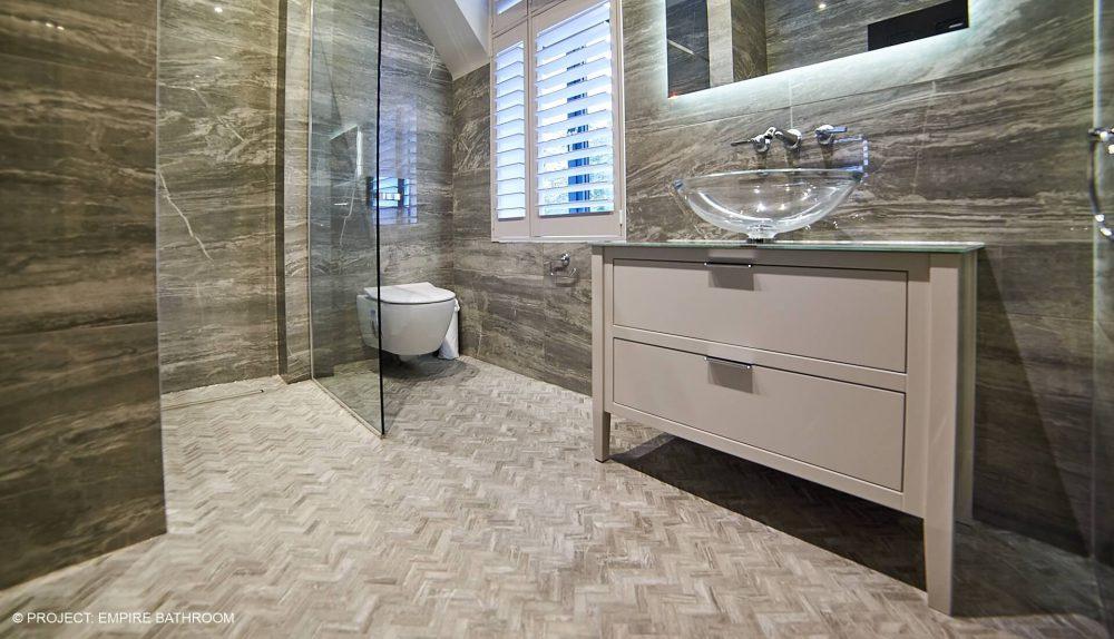 Andrew James Empire Bathroom