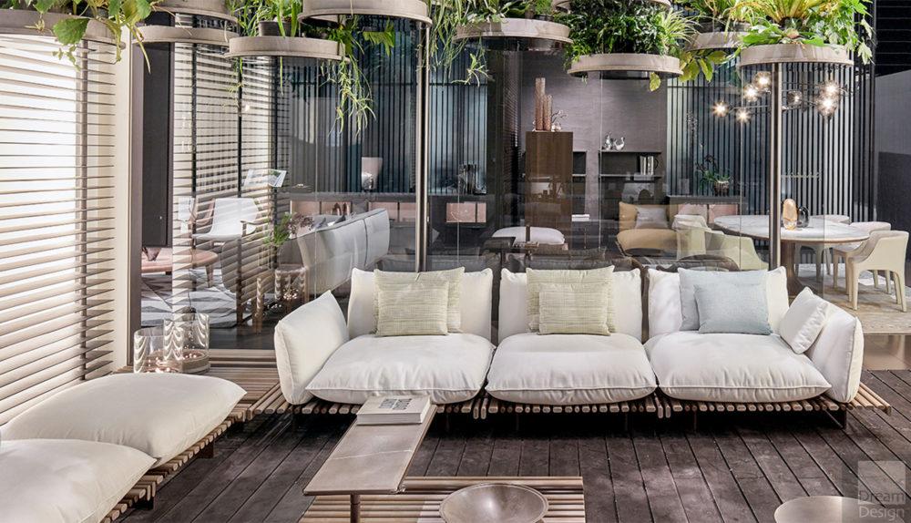 Giorgetti Aspara Outdoor Sofa