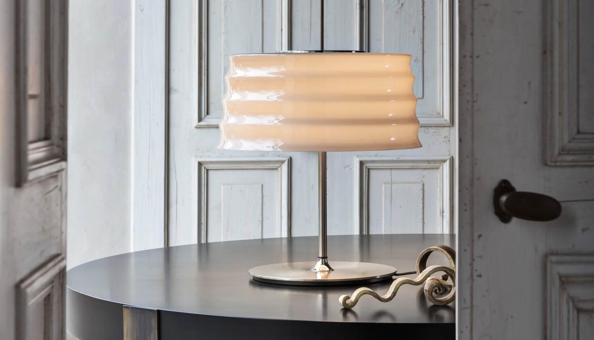Penta C'hi Table Lamp