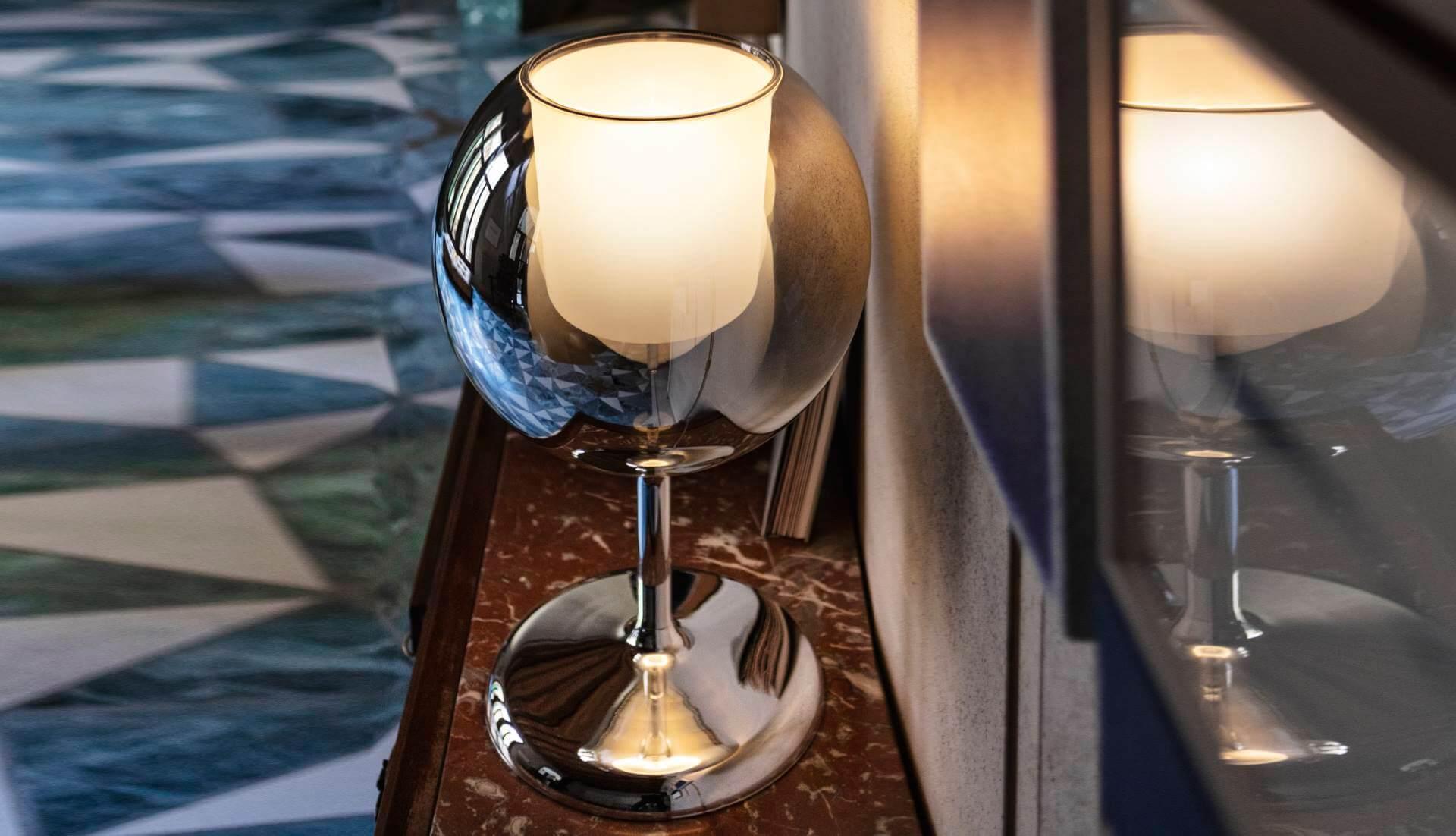 Penta Glo Table Light