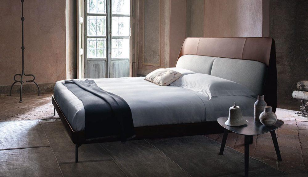 Poltrona Frau Coupé Bed