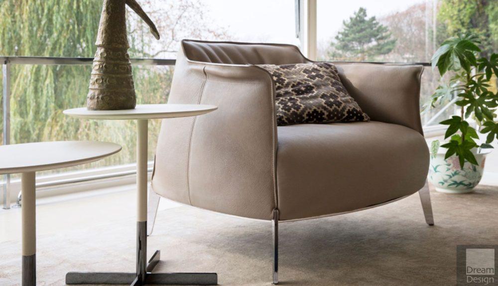 Poltrona Frau Archibald Gran Comfort Armchair